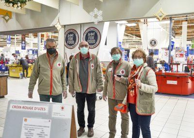 photo de groupe bénévoles Uzès